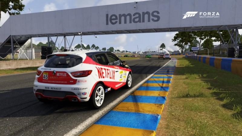 Pely4-Clio-Cup-Le-Mans-e1455972686132